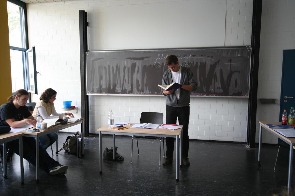 latein lernen academia linguae