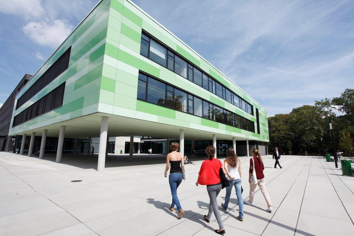 Universität zu Mainz im Georg-Foster-Gebäude statt